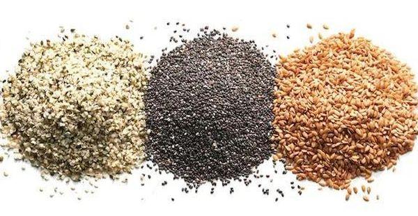 siyah noktalar için chia tohumu peeling