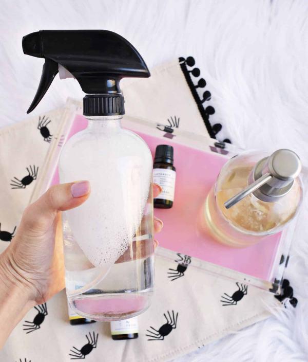 örümcek için nane yağı