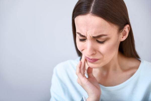 karanfil çiğnemek diş ağrısı ağız kokusu